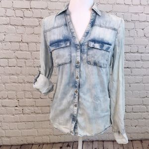 Soho Jeans Light Wash Denim Shirt